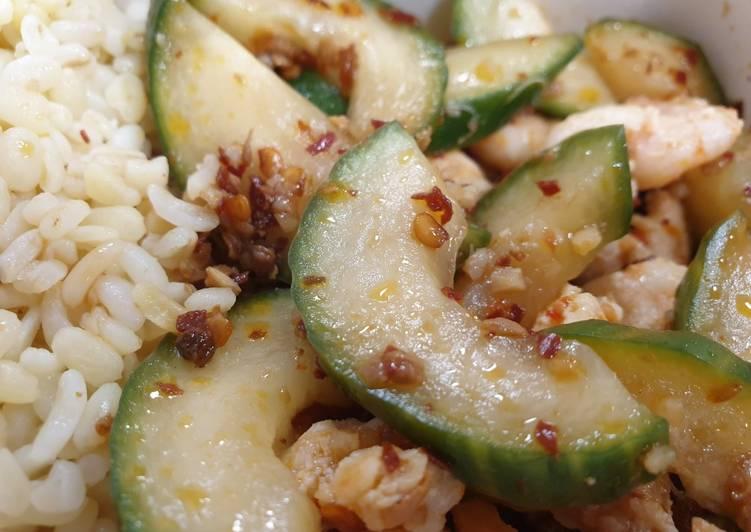 Smashed Cucumber and Prawn Salad